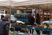 Páteční trhy na Staroměstském náměstí v Mladé Boleslavi.