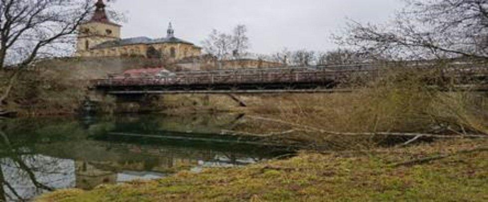 Původní stav mostu u Loukova.