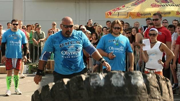 Mistrovství ČR Strongman představilo nadlidské výkony.