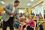 Předseda Sněmovny Jan Hamáček zahájil školní rok ve Žďáru.