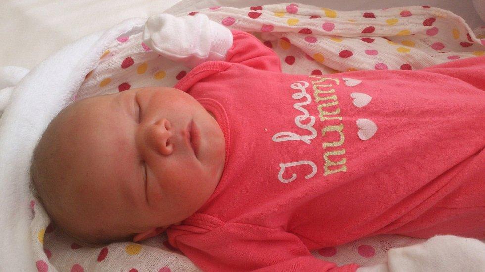 OLÍVIA Kubovčíková se narodila 23. května mamince Gabriele a tatínkovi Pavlovi.Vážila 3,7 kilogramů a měřila 50 centimetrů