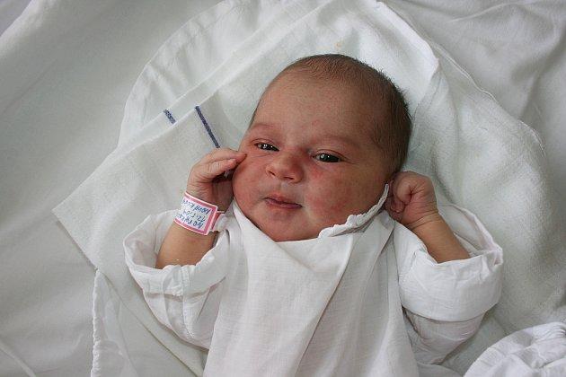 Iveta Nováková a Andrej Bernard jsou od 12. května rodiči Kristýnky (3,32 kg, 49 cm).