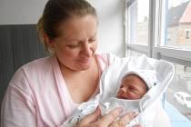 ALEKSANDR Miroshnichenko přišel na svět 25. května s mírami 3,19 kilogramů a 50 centimetrů. S maminkou Larysou a tatínkem Petrem bude bydlet v Mladé Boleslavi.