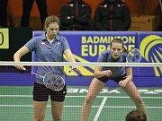 Kateřina Zuzáková (vlevo) skončila společně s českým týmem na děleném pátém místě.