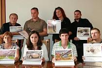 Fotografové, jejichž snímky byly vybrány pro kalendář města Mladé Boleslavi na rok 2011.