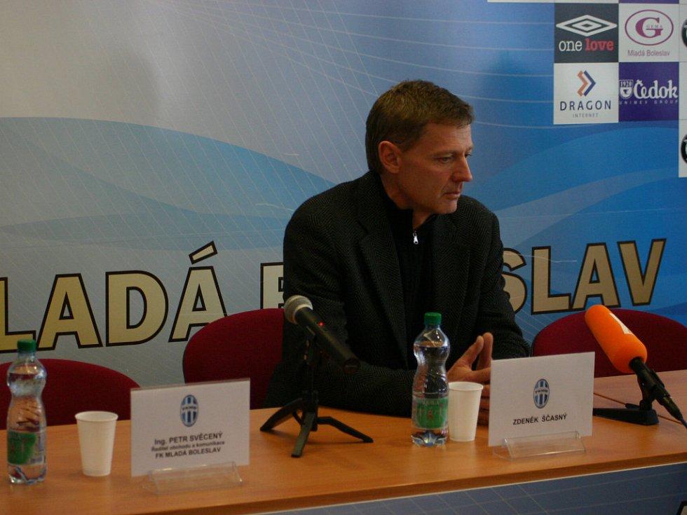 Nyní již bývalý trenér Zdeněk Ščasný.