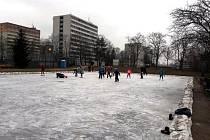Ledová plocha u koupaliště v Mladé Boleslavi.
