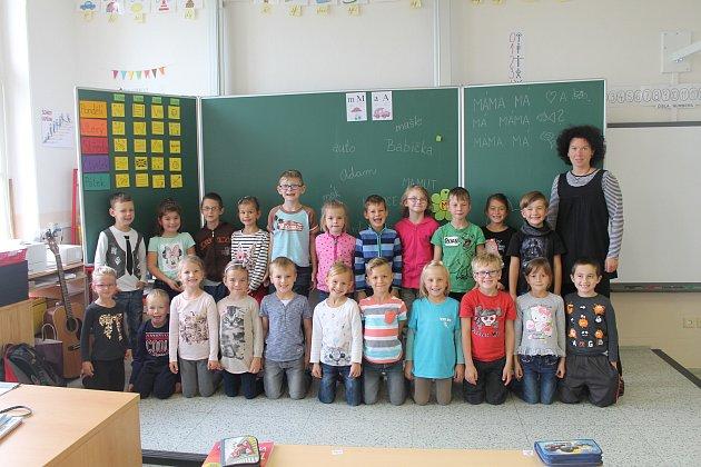 Základní škola Kosmonosy 1.B, třídní učitelka Kristýna Pospíšilová