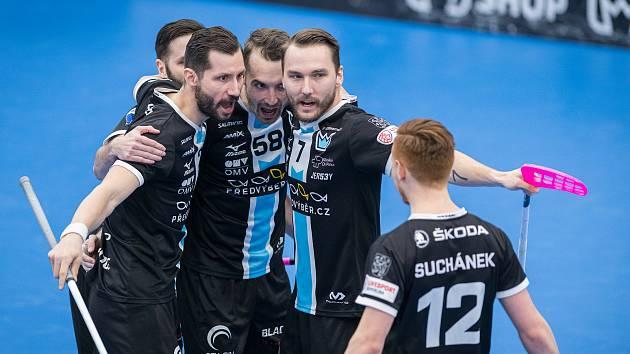 Florbalisté Mladé Boleslavi nastříleli ve druhém semifinále Chodovu jedenáct branek.
