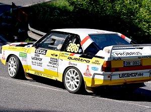 Audi S1.