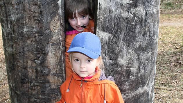 Děti z bakovské školky otevíraly Klokočskou stezku.