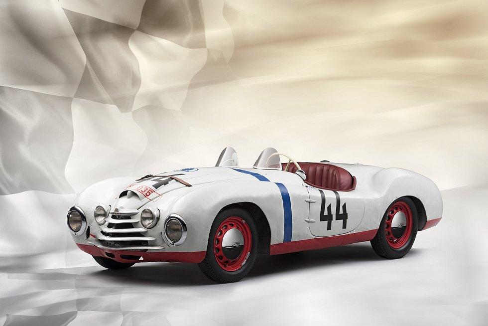 Škoda si připomněla 70 let od startu speciálu v Le Mans.