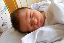 ANTONÍN Novák se narodil 9. listopadu mamince Marušce a tatínkovi Jirkovi z Mladé Boleslavi. Vážil 3,52 kg a měřil 52 cm.