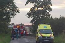 Peugeot po havárii zcela shořel