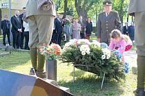 Na Novém hřbitově v Mladé Boleslavi při pietním aktu vzpomněli na oběti druhé světové války, které bojovali za mír a svobodu