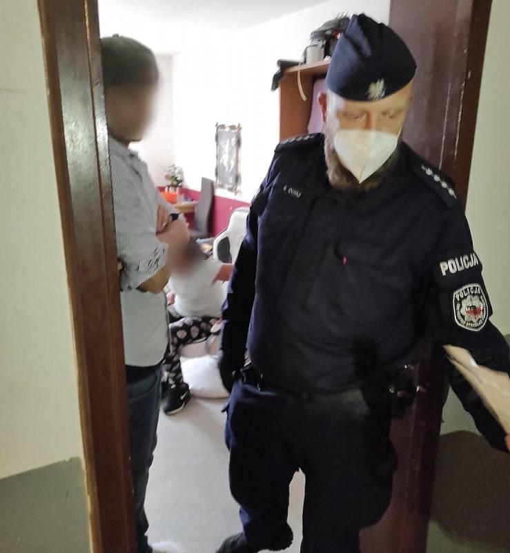 Z policejní kontroly ubytoven na Mladoboleslavsku.