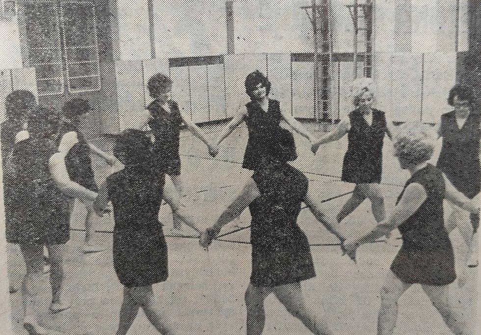 Nácvik Spartakiády v roce 1975.