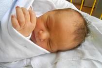 PETR Grecman se narodil 16.října, vážil 3,25 kg a měřil 51 cm. S maminkou Lenkou a tatínkem Petrem bude bydlet v Mladé Boleslavi.