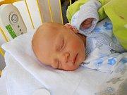 Jáchym Michale se narodil 8. dubna. Vážil 3,18 kg a měřil 49 cm. S maminkou Mirkou a tatínkem Igorem bude bydlet v Mladé Boleslavi, kde už se na něho těší bráška Jonáš.