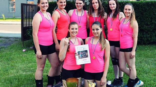 Juniorky Mladé Boleslavi na turnaji v Kralupech
