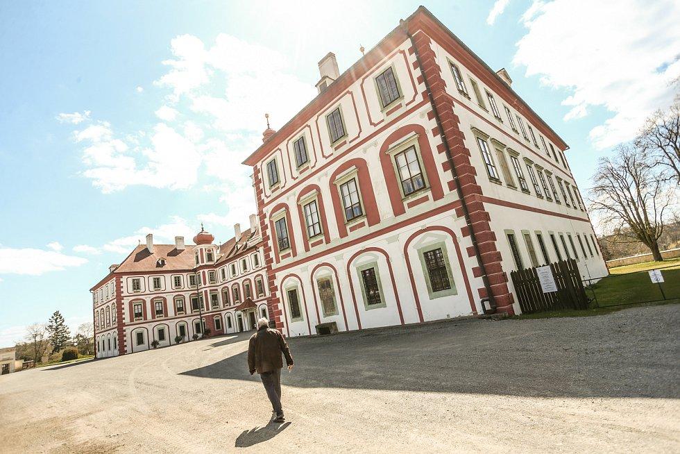 Zámek v Mnichově Hradišti.