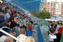 Nejen na tiskové konferenci v Praze, ale i na setkání s fanoušky na Městském stadionu v Mladé Boleslavi informovalo vedení klubu trenéři a hráči o novinkách pro novou sezonu.