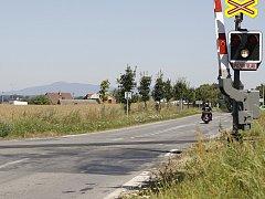 Železniční přejezd u Veselé