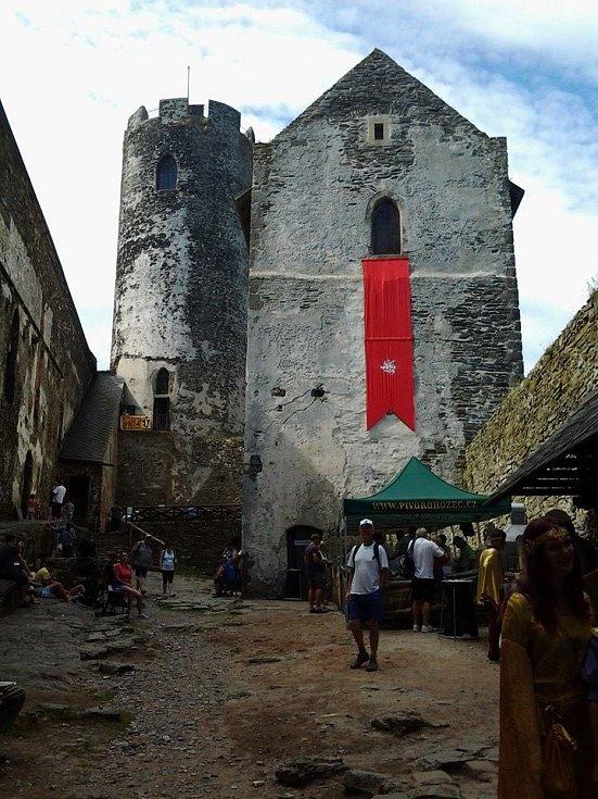 Nádvoří hradu Bezděz