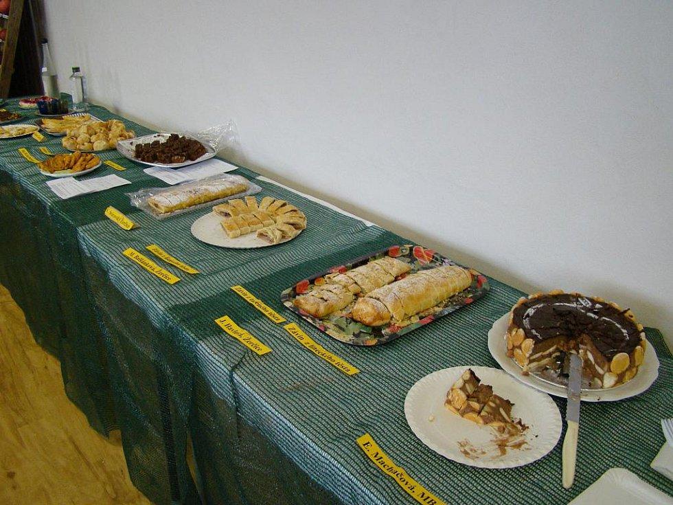 Jubilejní výstava ovoce, zeleniny a květin v Žerčicích.