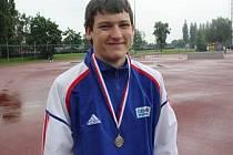 Boleslavský nadějný kladivář Jaromír Pumr, stříbrný medailista z mistrovství republiky.