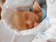 Oliver Petřík se narodil 3. listopadu, vážil 3,73 kg a měřil 51 cm. S maminkou Zuzanou a tatínkem Janem bude bydlet v Řepově.