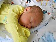 Oliver Janeček se narodil 3. října, vážil 3,39 kg a měřil 49 cm. Maminka Kristýna a tatínek Robin si ho odvezou domů do Dolního Bousova.