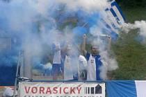 Benátečtí fanoušci slaví konečné druhé místo v divizi