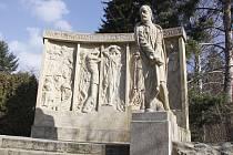 Jabkenice - pomník B.Smetany