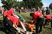 Soutěž malých i velkých dobrovolných hasičů v Březně.