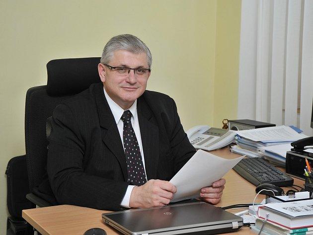 JUDr. Ladislav Řípa, ředitel Klaudiánovy nemocnice vMladé Boleslavi.
