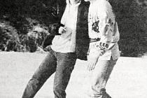 Mrazivý první týden roku 1996 přilákal bruslaře na bradlecký Toťák.