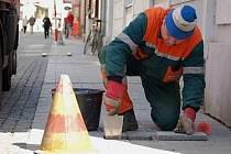 Opravy chodníků se chystají letos
