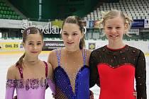 Trio krasobruslařek Auto Škody, které se nominovalo na mistrovství České republiky (zleva) Horáčková, Zörklerová, Líhařová.
