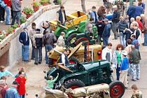 První výstava historických traktorů v Kropáčově Vrutici.