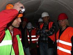 Během jednoho odpoledne se mohli zájemci projít novou kanalizační stokou pod ulicemi Mnichova Hradiště.