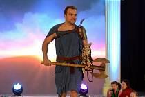 Módní přehlídka v boleslavské Olympii, v roli modelů se představili i hokejisté