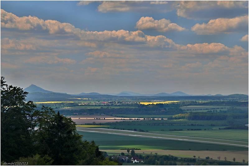Přistávací dráha letiště Hodkovice u Mnichova Hradiště