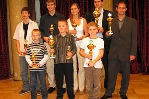 Úspěšní boleslavští minikáristé převzali poháry za úspěchy v letošní sezoně v sídle Autoklubu.