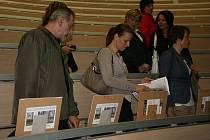 Dobročinná aukce filmových políček Na Karmeli