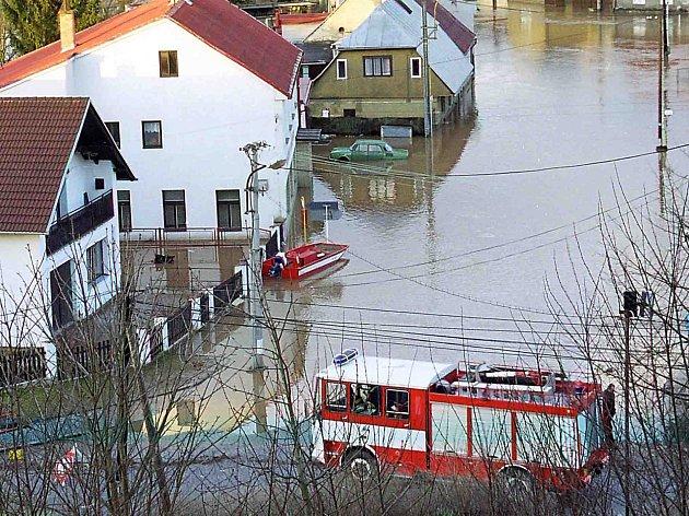 Zatopené Hradiště v roce 2002