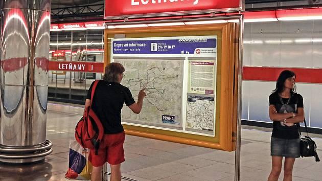Stanice metra Letňany v Praze.