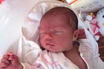 LUCIE Králová se narodila 27. října, vážila 3,46 kg a měřila 50 cm. Doma se na ni těší sourozenci Mireček a Adélka.