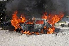 Požár auta. Ilustrační foto