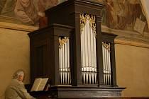 Noc kostelů na Sýčině provázela varhanní hudba.
